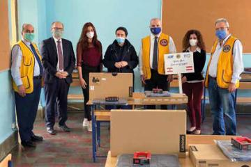 Übergabe der Laptops in der St. Joseph Schule in Beirut